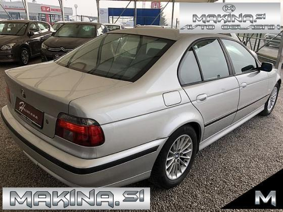 BMW serija 5- 523i- pdc- alu16