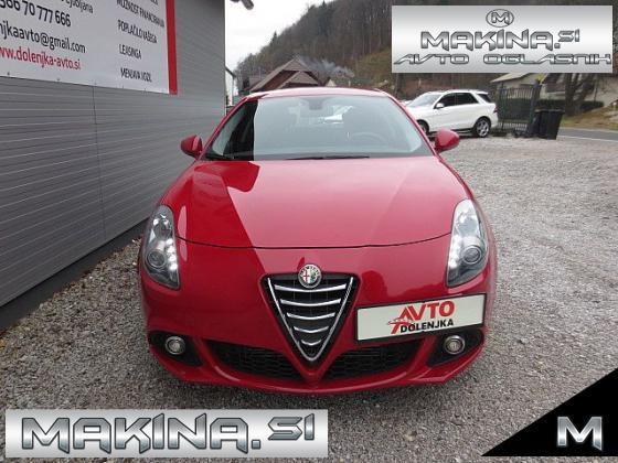 Alfa Romeo Giulietta 1.6JTD KLIMA + POTOVALNI RAČUNALNIK +ELEKTRIČNA STEKLA + ABS + POLOG LE 899€