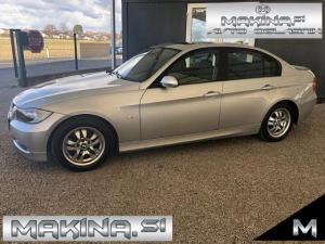BMW serija 3- 320i- strešno okno- navigacija- pdc- alu16