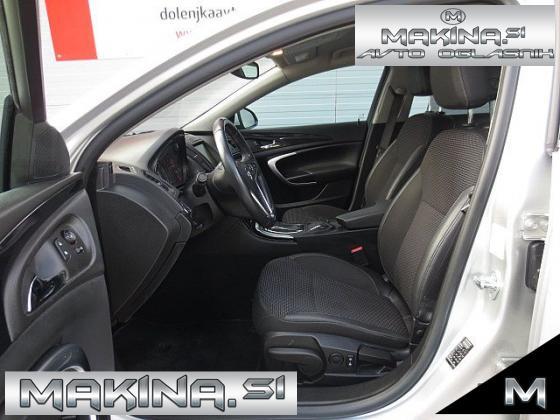 Opel Insignia 2.0CDTi COSMO + NAVIGACIJA + 2 X PDC + USNJE + TEMPOMAT + POTOVALNI RAČUNALNIK + ALU17