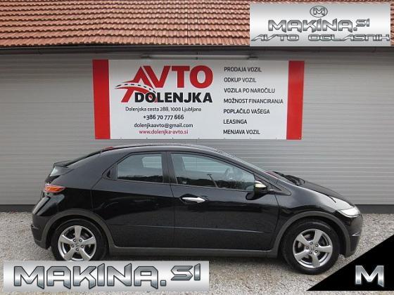 Honda Civic 1.4B SPORT AVTOMATSKA KLIMA + ELEKTRIČNA STEKLA + POTOVALNI RAČUNALNIK + SLOVENSKO VOZILO