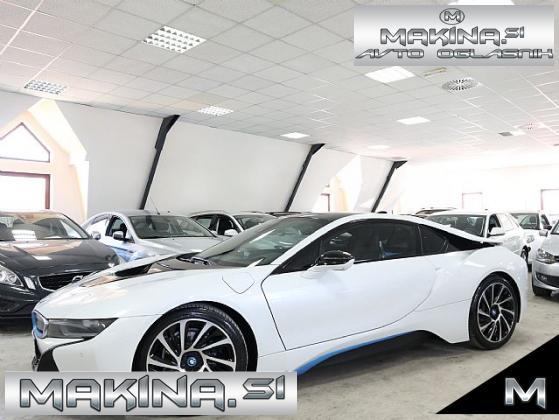 BMW i8 -SAMO 22.000KM- 360°KAMERA- HARMAN KARDON- PERLA-