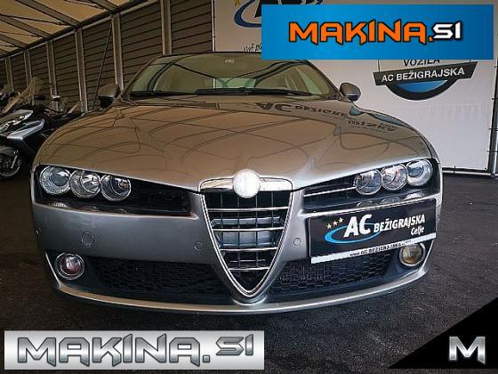 Alfa Romeo 159 2.4 JTDM Distinctive- XENON- 2 X PDC- BREZ POLOGA