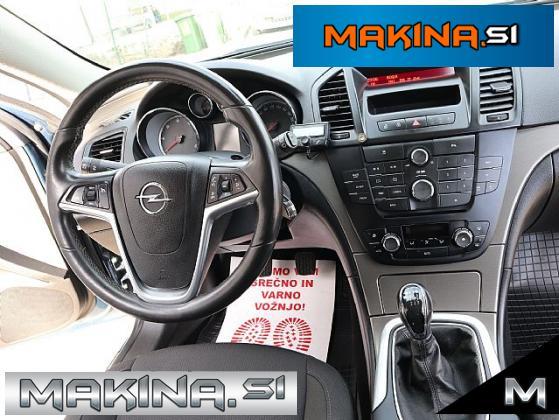 Opel Insignia SportsTourer 2.0 CDTI Cosmo- TEMPOMAT- SENZORJI-