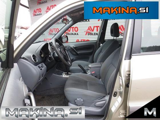 Toyota RAV4 2.0 VVT-i 4WD 4X4 + KLIMA + ELEKTRIČNA STEKLA + ALU.16 + SLOVENSKO VOZILO