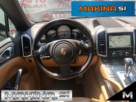 Porsche Cayenne S 4.8 V8 ACC- Kamera- SLOVENSKO VOZILO- Adaptivno podvozje- Bose
