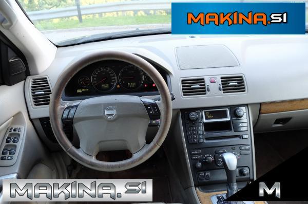 Volvo XC90 AWD D5 Momentum NA OBROKE BREZ POLOGA