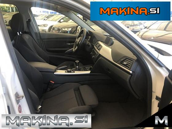 BMW serija 3: 318d Touring- xenon- navigacija- pdc- alu16- panorama