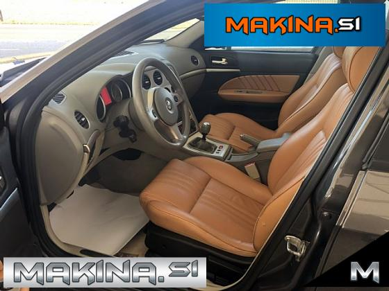 Alfa Romeo 159 Sportwagon 1.9 JTDM- pdc- alu17
