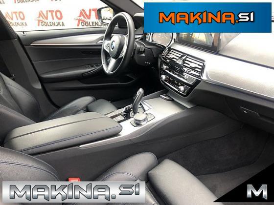 BMW serija 5. 520d xDrive M sport- ACC- FullLED- HUD-Assist